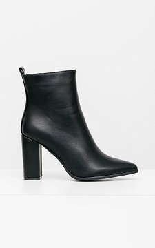 Boot Stefanie - Pointed boots with zips