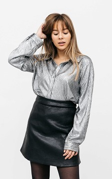 Blouse Sophia - Shiny blouse with buttons