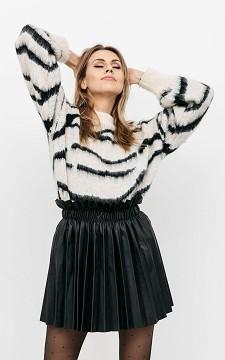 Skirt Anna - Leather look plissé skirt