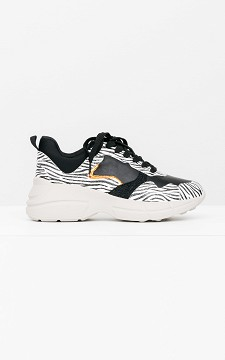 Sneaker Jake - Zebra-Look Sneaker mit dicker Sohle