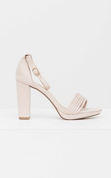 Heels Lotte - Heels with ankle straps