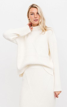 Sweater Moniek - Patterned sweater with a high collar