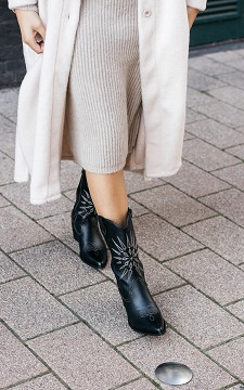 Stiefelette Tosca - Spitze Cowboyboots mit coolem Muster