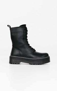 Boots Kyara -