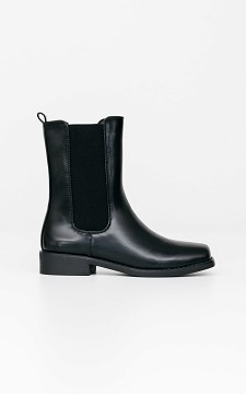 Boot Candy -