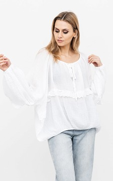 Blouse Kelsey - Lace blouse with ruffles
