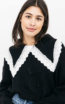 Sweater Lara - Sweater with lace details