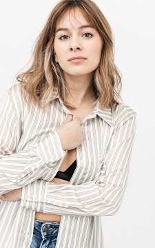 Blouse Roanne - Striped blouse with a chest pocket