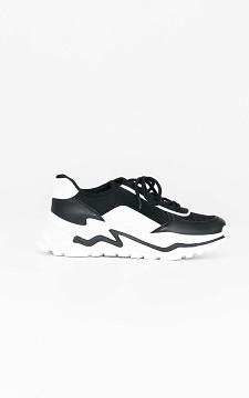 Sneaker Carolien - Vetersneaker met grove zool