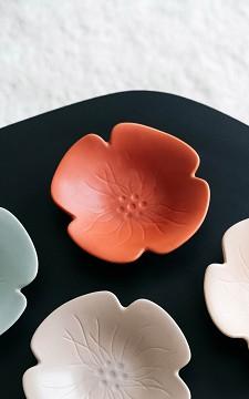Schale Bloom - Schale aus Keramik mit floralem Reliefmuster