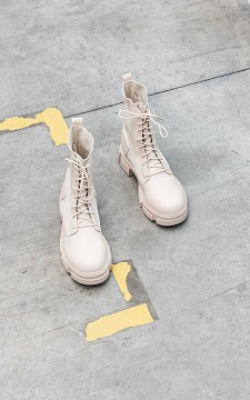 Boots Quin - Beige coloured, lace-up boots